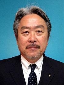 山田 俊介